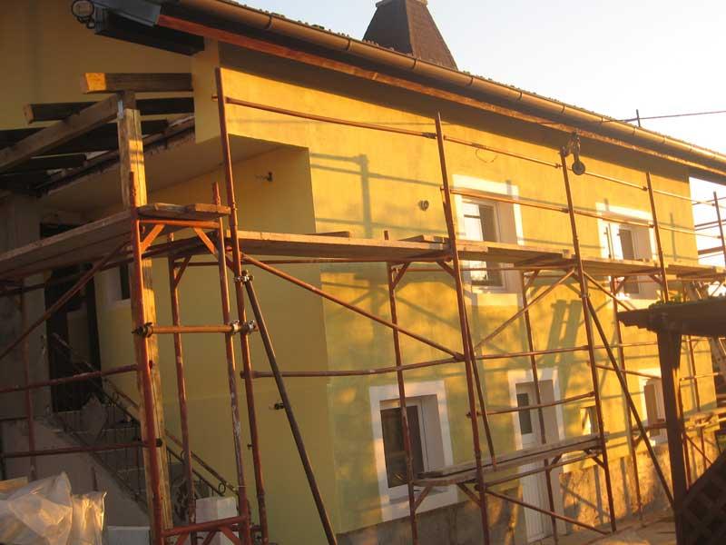 HIŠNI IN MIZARSKI SERVIS ALEŠ PETEK S.P. adaptacija hiše