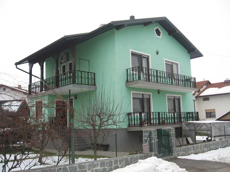 HIŠNI IN MIZARSKI SERVIS ALEŠ PETEK S.P. fasada