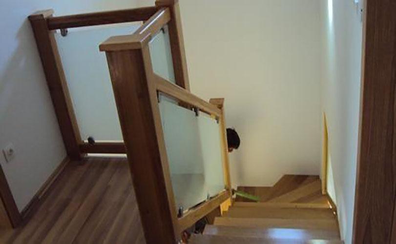 MTPONGI Franc Pongrac mizarstvo in tesarstvo s.p. lesene stopnice