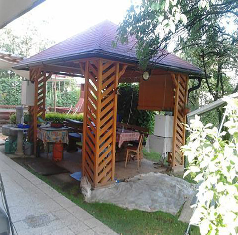 MTPONGI Franc Pongrac mizarstvo in tesarstvo s.p. leseni paviljon na vrtu